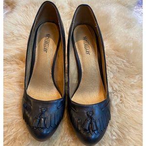 Seychelles Leather Heels Black with Tassels 8.5